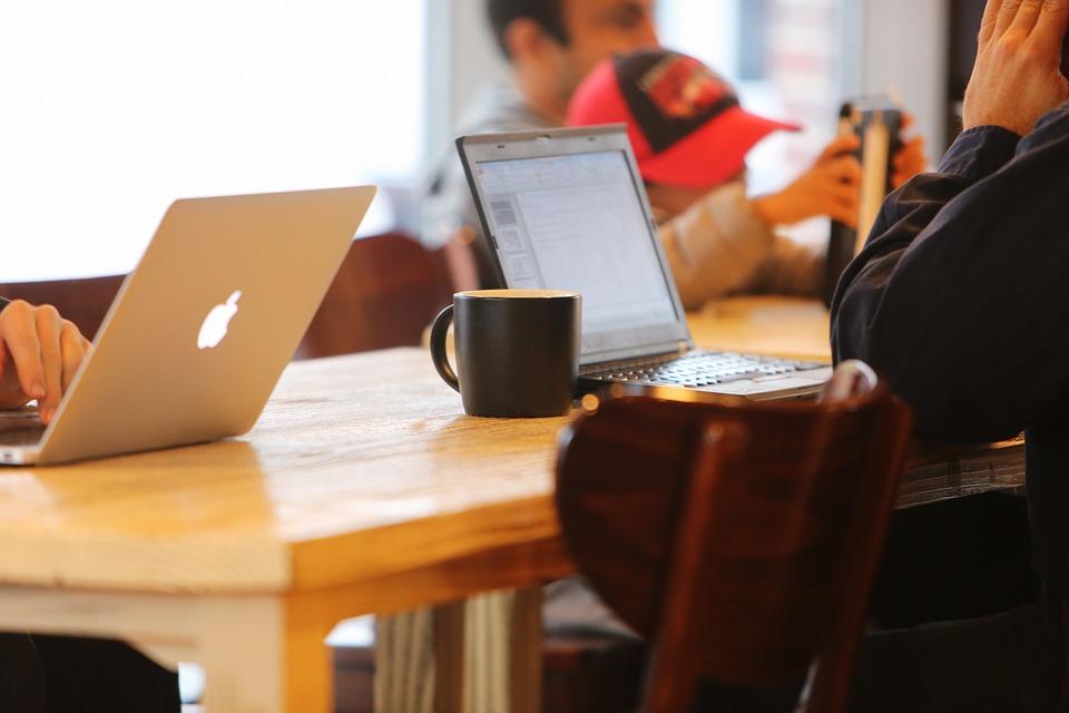 Online Retailers Minimize Stress